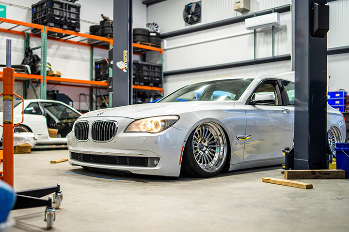 bagged-bmw-7-series-exhaust-spindles-update