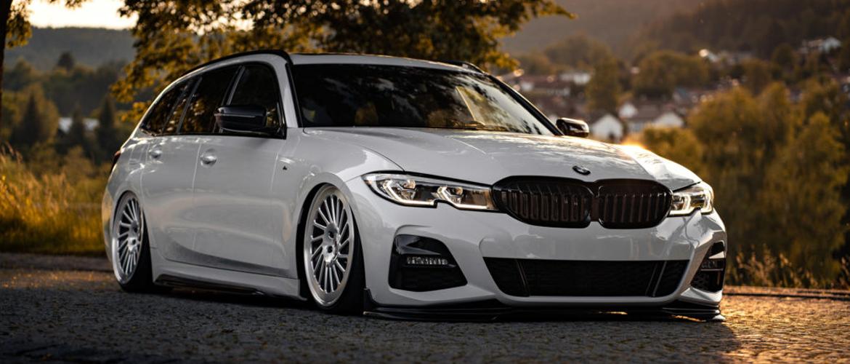 BMW G20 G21 3 Series Front on Vossen Wheels