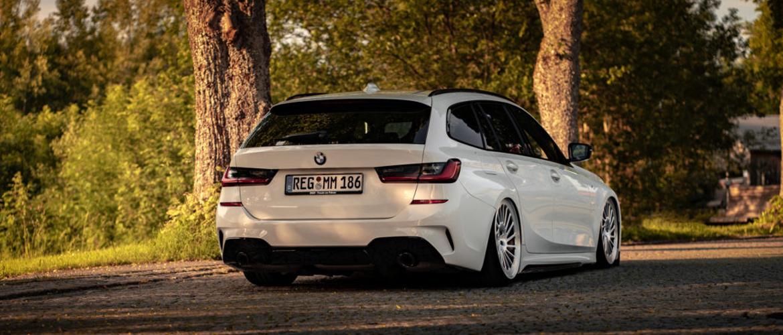 BMW G20 G21 3 Series Rear on Vossen Wheels